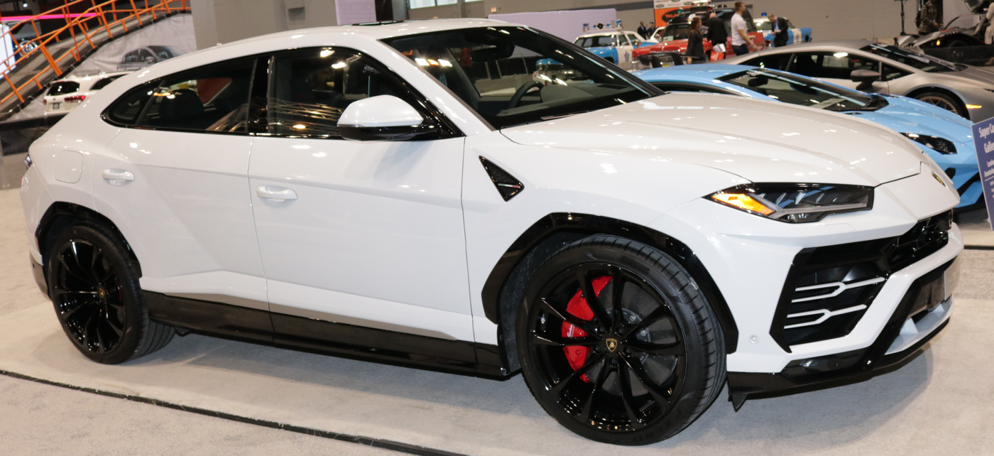 2019 Lamborghini Urus at Chicago Auto Show