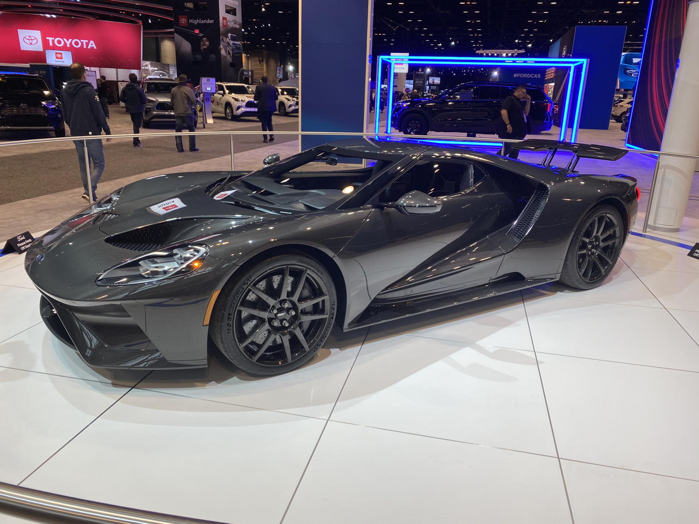 2020 Ford GT Carbon Fibre Finish