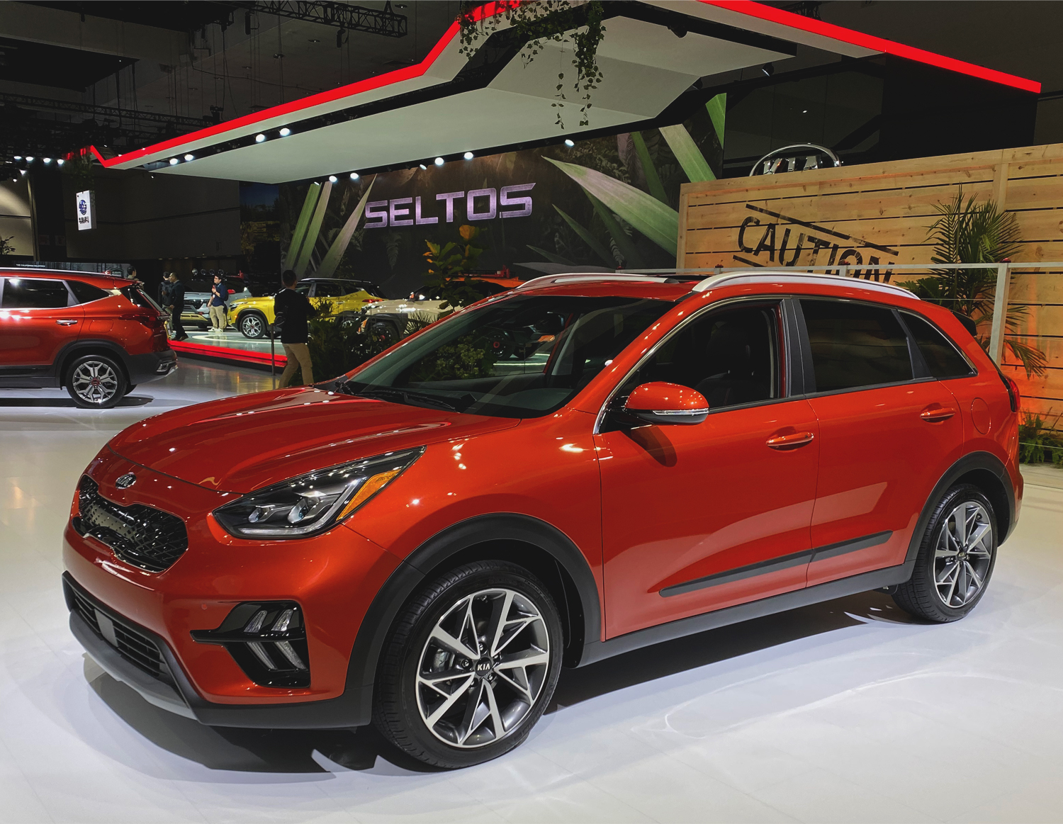 2020 Kia Niro at 2019 LA Auto Show