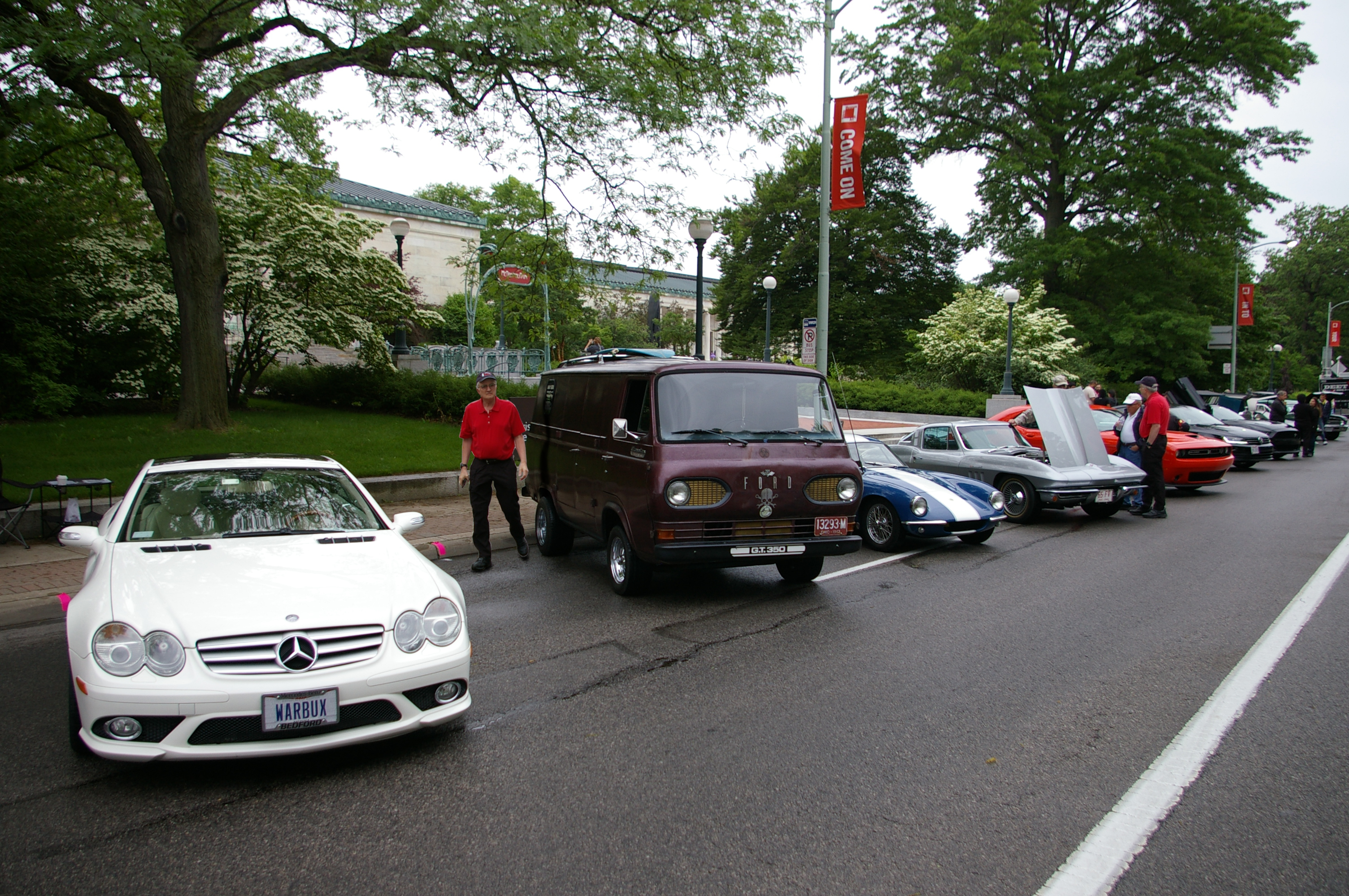 Mercedes and ford gt350 van!!.JPG