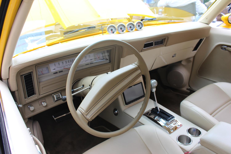 1973 Chevrolet Nova Hatchback Dash, boac-on-white gauges, B&M shifter
