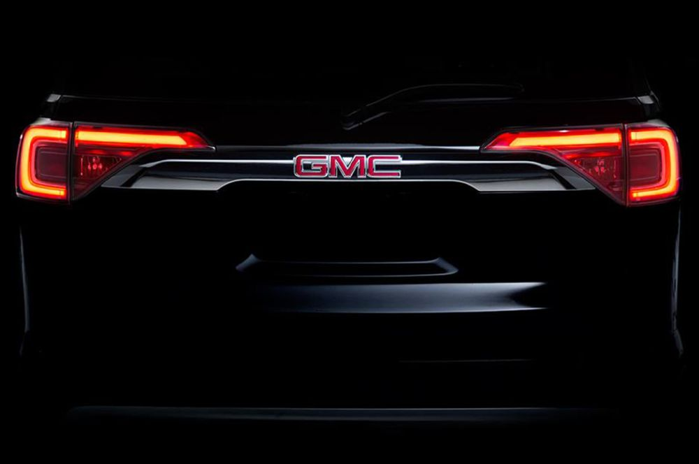 2017-gmc-acadia-teaser-photo